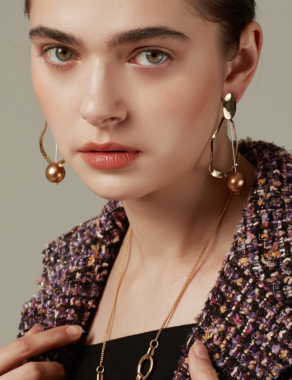 Bronze gold Earring